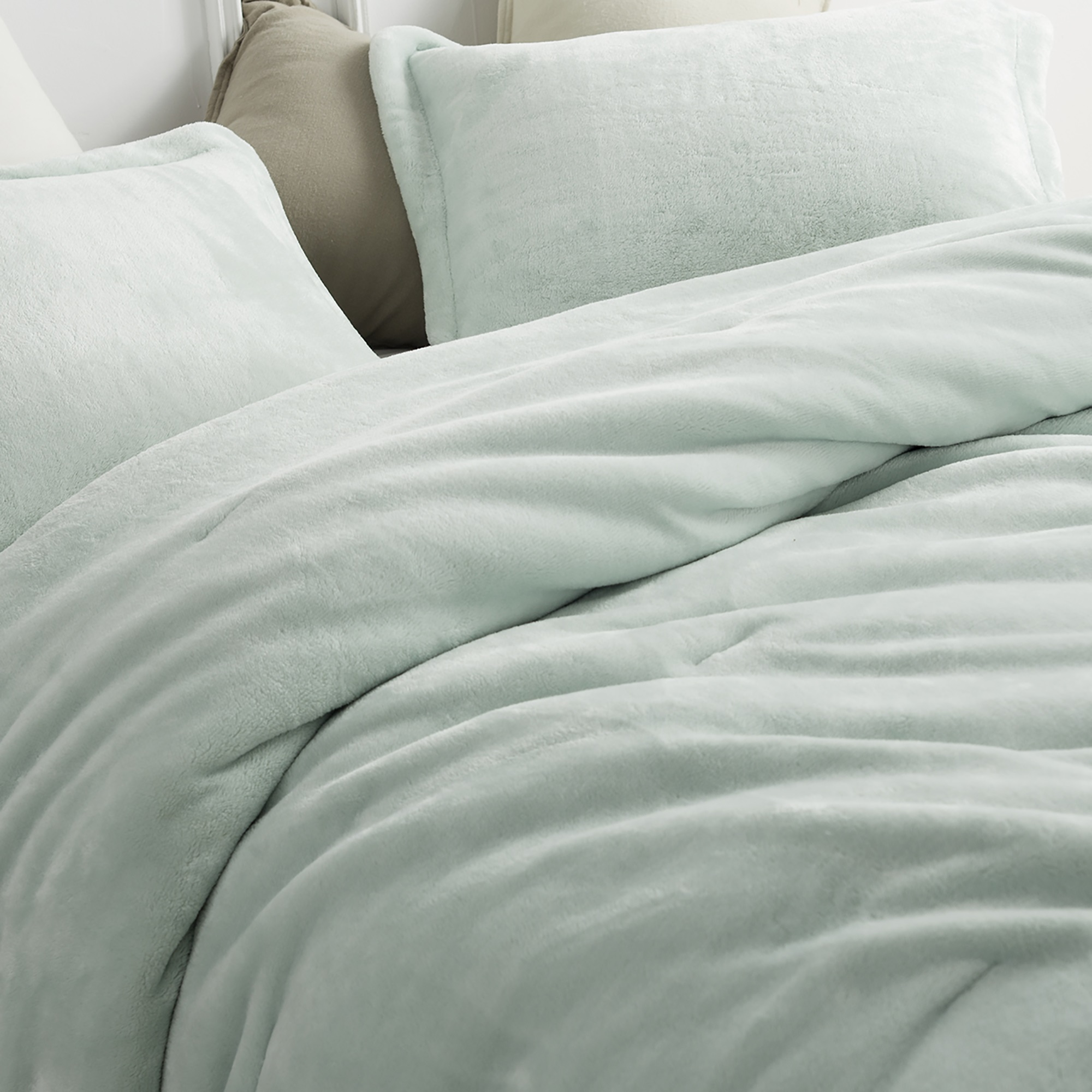 Coma Inducer® Oversized Comforter - Me Sooo Comfy - Hint of Mint